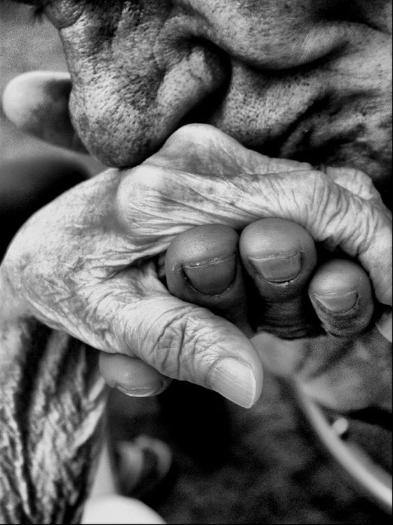 old-hand-kissing